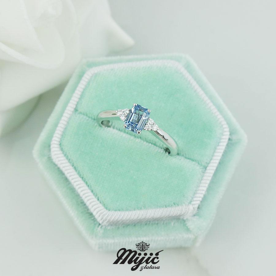 Prsten sa akvamarinom i brilijantima