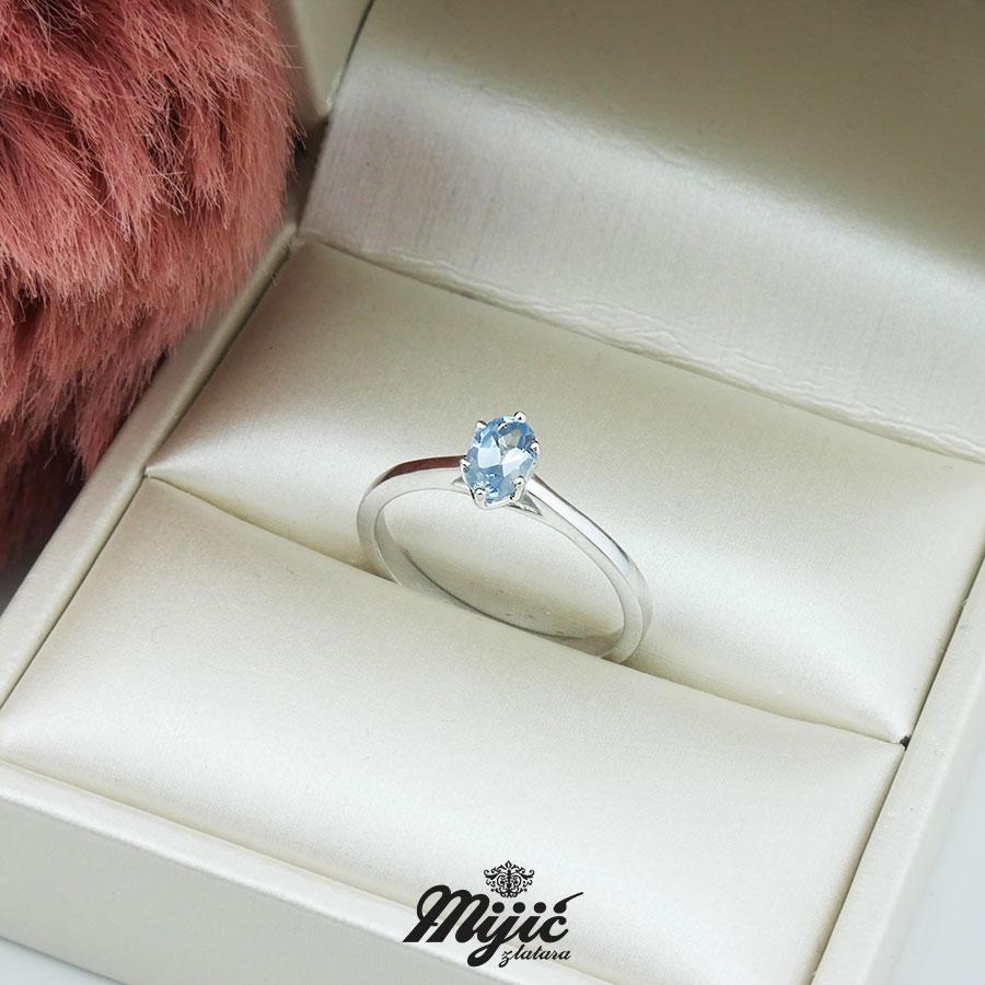 Prsten sa akvamarinom